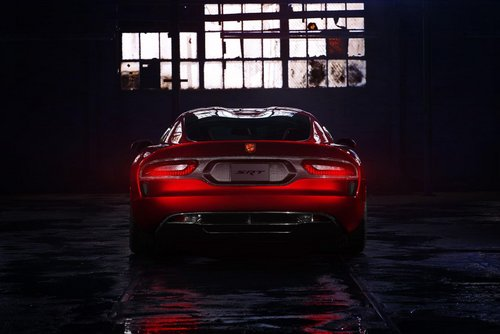 2013款道奇蝰蛇SRT 搭V10引擎/纽约发布
