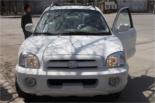 华泰圣达菲2.0汽油舒适版-华泰圣达菲 铁三角 冲击国产SUV市场高清图片