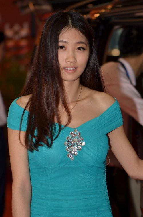 平淡中找亮点 2012广州车展精彩模特秀