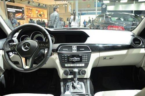 奔驰C级最高综合优惠5.4万元 少量现车