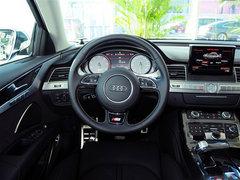 奥迪S8 天津港现车特低价感受速度与激情