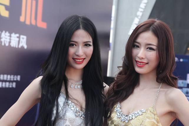 2013上海国际汽车展汽车模特大赛落幕