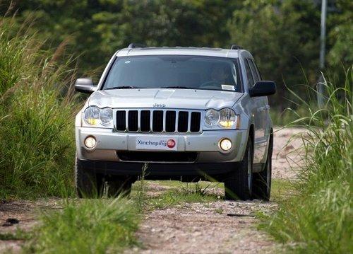 网上车市导购篇jeep大切诺基的实力大考
