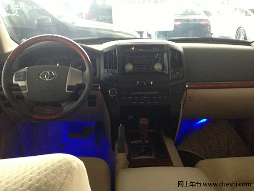 新款丰田酷路泽4000  现车成本特惠71万