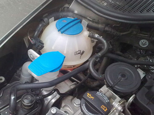 夏季爱车油液检查很重要 制动液-检查篇_维修保养-网上车市