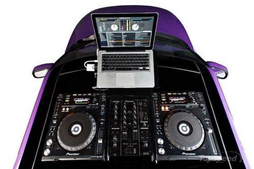 车轮上的终极DJ台 2014款起亚秀尔改装