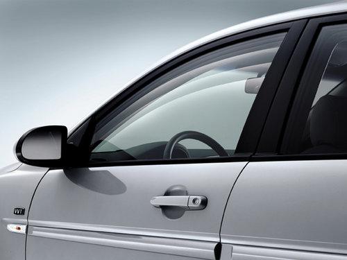 冬季开车不良习惯需注意 车窗适当通风