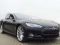 外观大气预计明年上市 Tesla Model S国内曝光