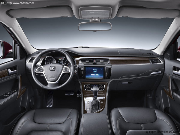 众泰T600平价销售7.98万起 可试乘试驾-图3