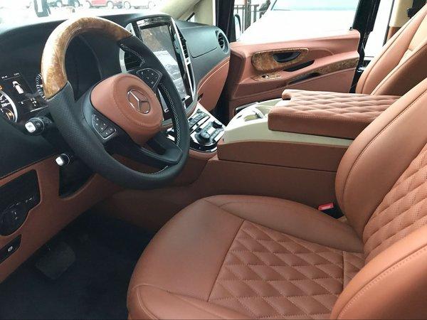 新款奔驰威霆手续齐全 全新改装更加舒适-图4