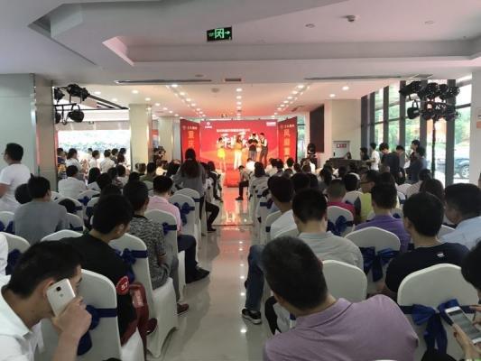 经销商布局渝北 东风小康重庆风靡店开业-图7