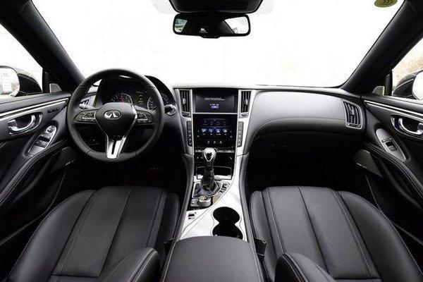 英菲尼迪全新Q60上市 2.0T现车43.68万起-图5
