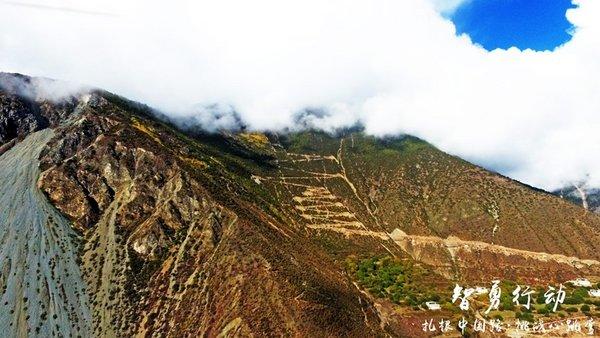 """没去过这些路你也能说喜欢自驾?——盘点中国十大""""最弯""""公路-图18"""
