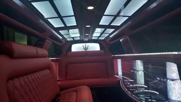 玛莎拉蒂总裁加长版5.98 礼宾车接受预定-图5