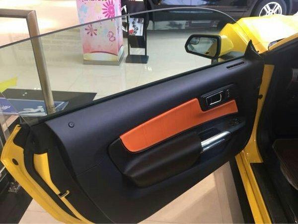 福特野马现车报价 绚丽跑车30万分期贷款-图6