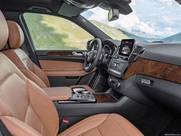 17款奔驰GLS450加版 造型超拉风年末新惠-图7