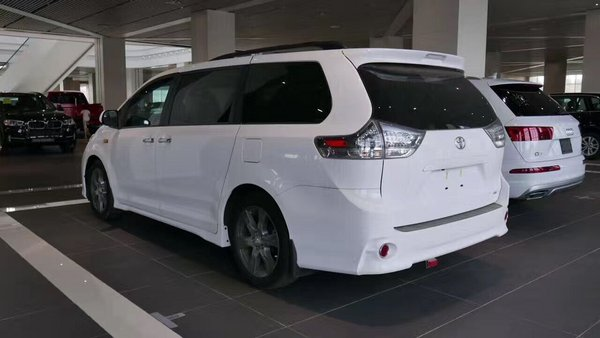 17款丰田塞纳提车零首付 特价改装更舒适-图3
