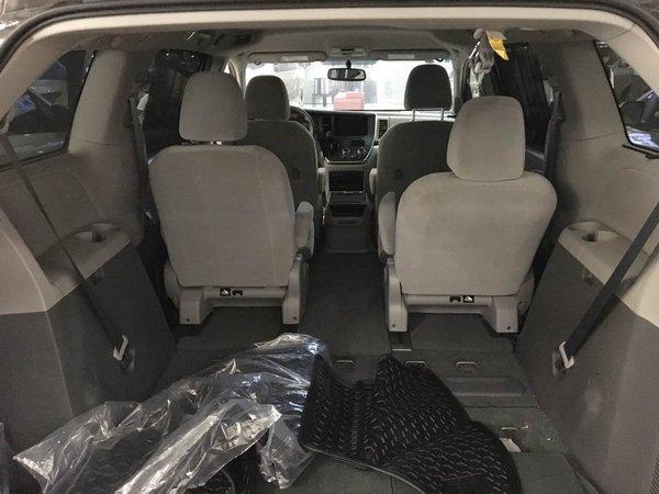 17款丰田塞纳3.5四驱顶配现车 魅力商务-图6