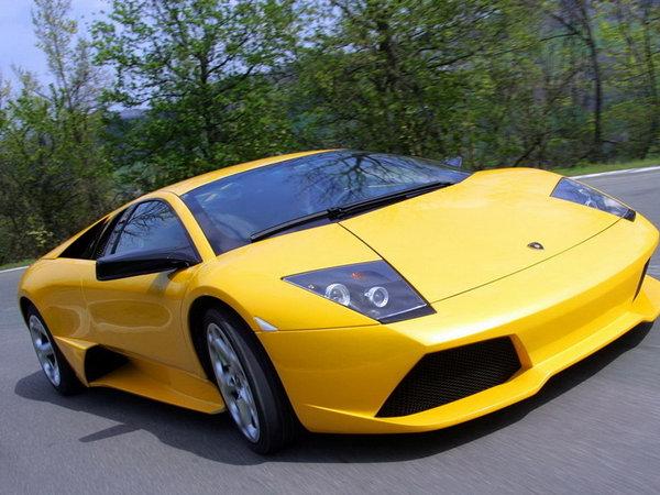 不同的车颜色有不同的价格。汽车油漆成本有影