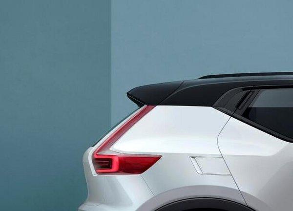 沃尔沃全新XC40预告 今年秋季正式发布-图4