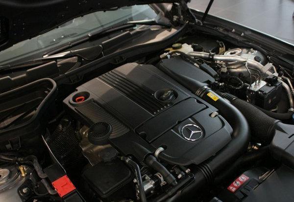 奔驰四缸发动机内部结构图