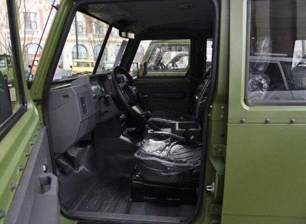 2017款北汽勇士特卖 2.0T汽油特价12.5万-图8