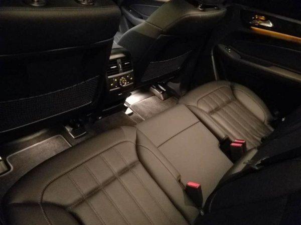 深夜实拍17奔驰GLS450 黑色诱惑GLS配置-图6