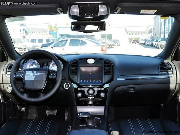 克莱斯勒300C S全系热销中 豪降7万现金