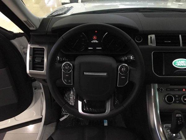17款路虎运动版价格 路虎骨子里的SUV-图4