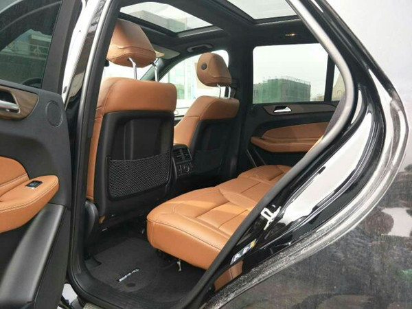 17款奔驰GLE43高配价格 奔驰车展低价甩-图3