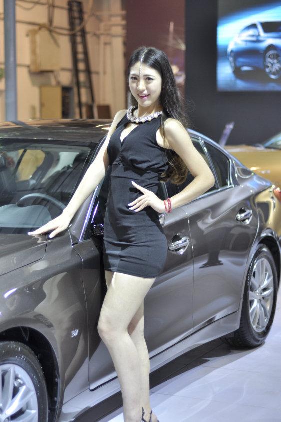 英菲尼迪q50五一泉州国际车展现场上市图片