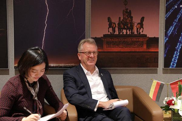 未来将推电动车 专访宝沃全球CEO华立新-图3