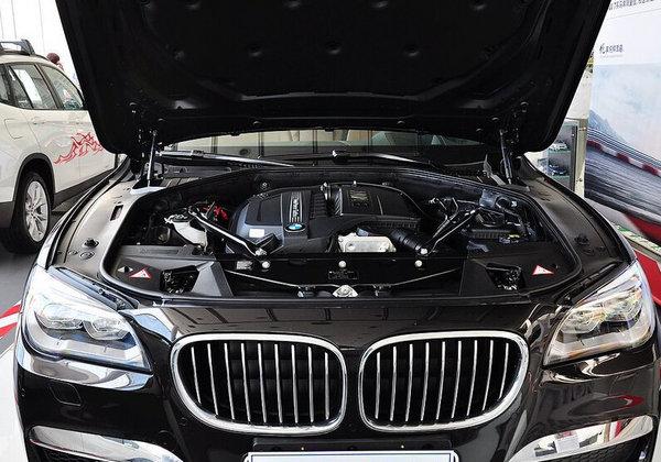 750i 车型搭载4.4T双涡轮增压V8汽油发动机,最?-南昌宝马7系 限时