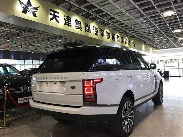 路虎揽胜创世加长版 欧规汽油243万特卖-图3