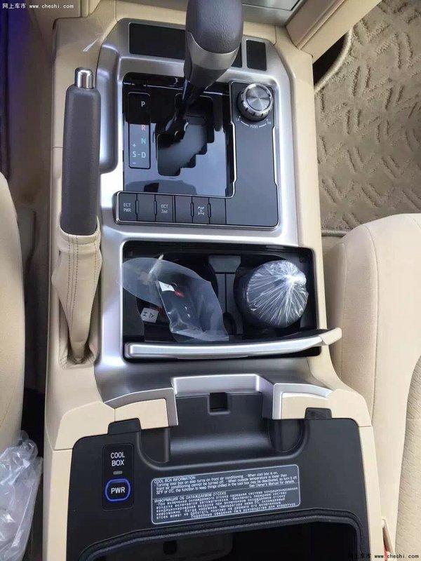 16款高丰田酷路泽配4600 天窗八气囊价格-图6