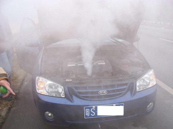 导致发动机在夏天过热的六大问题