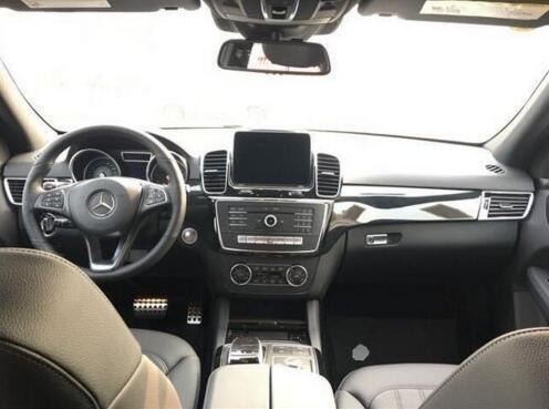 17款奔驰GLE400最新价格 夏日任性降-图4