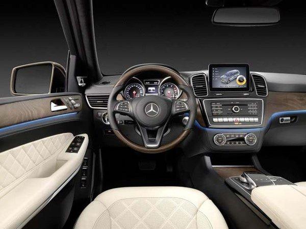 奔驰GLS400平行进口 越野潮款97万低价售-图4
