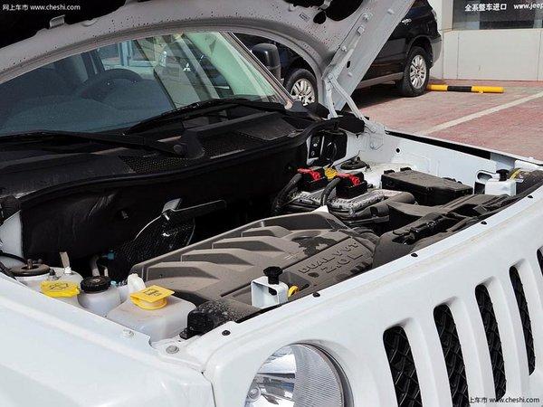太原jeep吉普自由客最高降1万 现车供应 高清图片