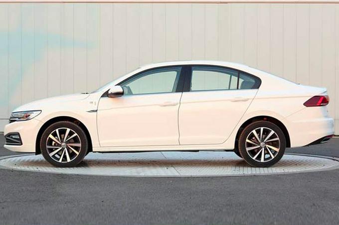 大众宝来新增1.2T车型 12万起售-比卡罗拉还省油-图2