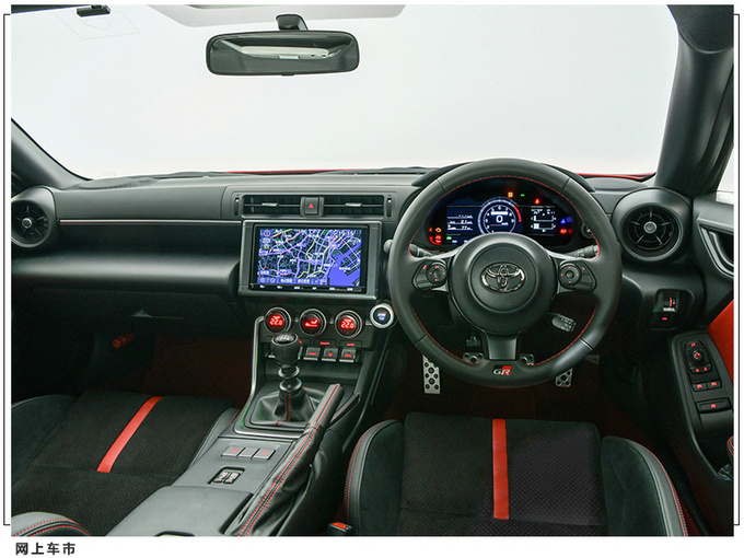 丰田全新86敞篷版搭2.4L引擎/配运动外观套件-图4