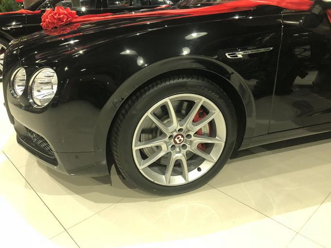 18款欧规宾利飞驰V8S 天窗4座超高性价比-图4