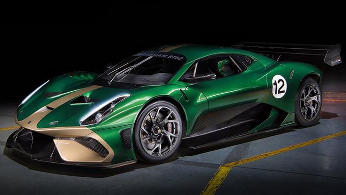 首台BT62赛车正式交付 仅重972kg/售价650万-图1