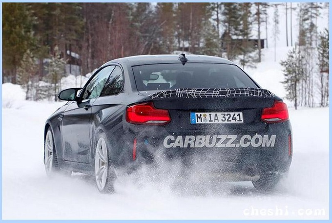 宝马M2新车型曝光 动力远超A45/限量2200辆-图3