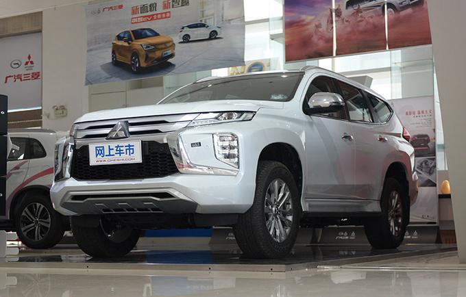 进口硬派SUV不到30万就能买新款帕杰罗·劲畅到店-图2