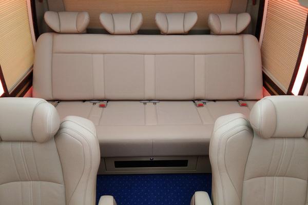 18丰田考斯特降价促销 豪华客舱全新改装-图9