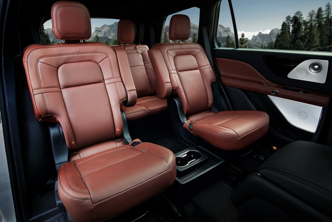 国产全新林肯飞行家豪华SUV上市 售56.2-76.2万元-图2