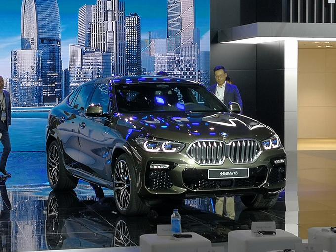 最强轿跑SUV宝马全新X6上市 XX.XX万元起售-图1