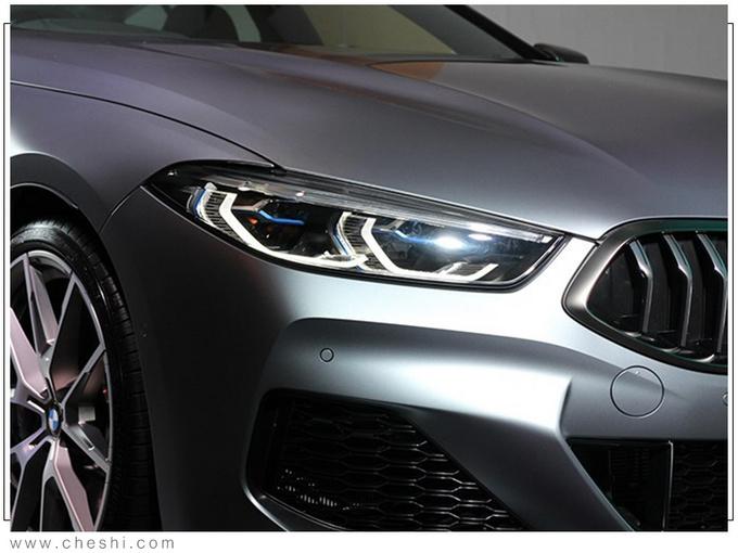 宝马全新8系到店实拍 4.4T引擎/轴距超奔驰GT63-图5