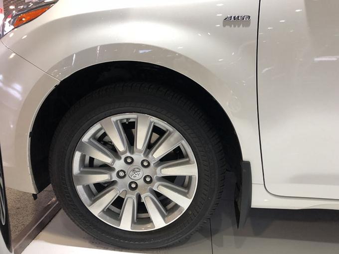丰田塞纳LTD四驱 七座顶配商务促销价格-图3
